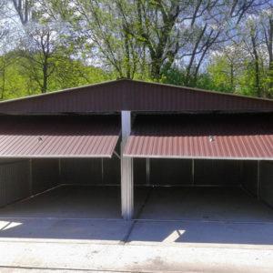 Garaże blaszane z bramą uchylną